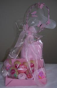 Butterfly net for a baby shower gift box
