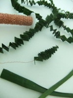 Foliage Pleat Garland