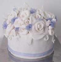 White and lavender Rose Cake