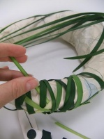 Looping the lily grass shape