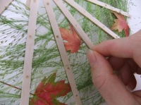Inserting leaves into slim slats