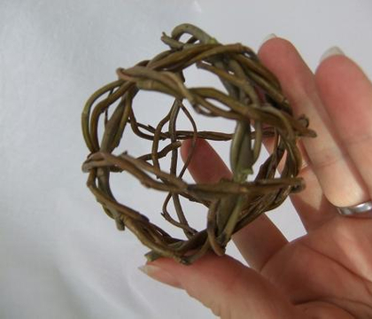Weaving Willow spheres
