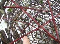 Twig lattice to cover a basket