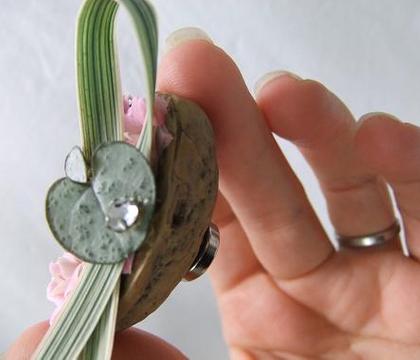 Floral Fridge magnet in a nutshell