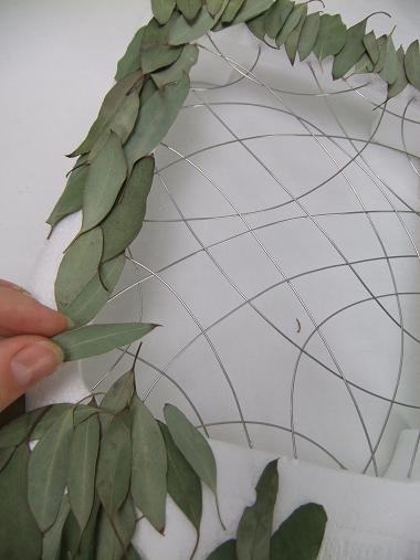 Overlap each leaf to cover the entire surface.