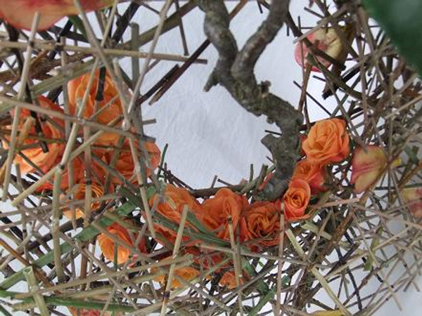Roses in the twig roundabout.