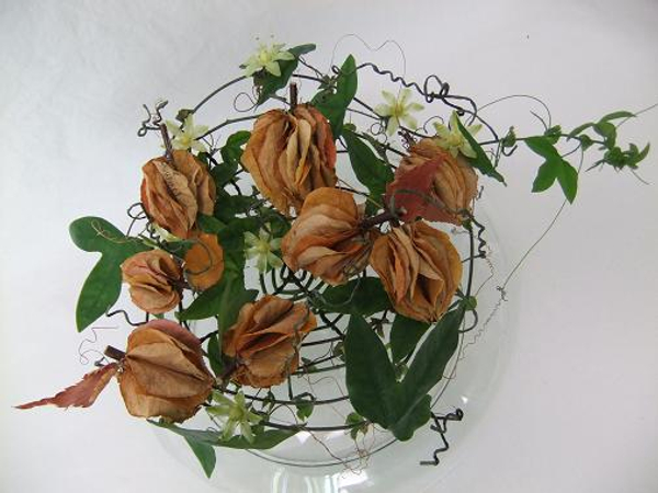 Growing Gratitude floral art design.