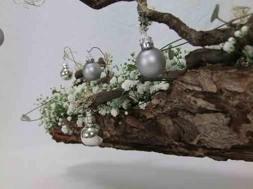 Gypsophila and bark Yule log