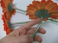 Plastic drinking straws stem support