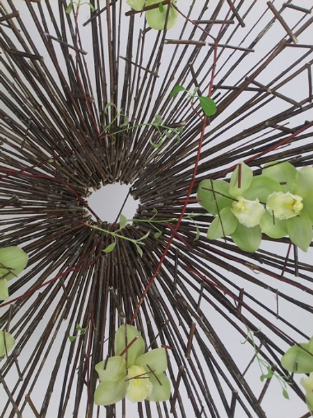 Twig structure for floral art
