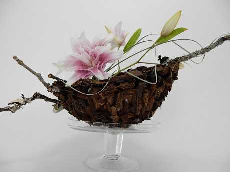 Bark Bowl and lily Centrepiece Design