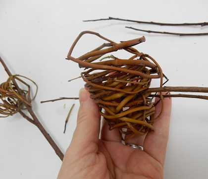 Balancing a Twirled Willow Armature