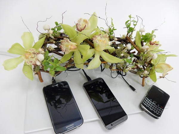 Floral cell phone charging station