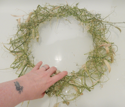 Sun baked Sweetpea vine wreath