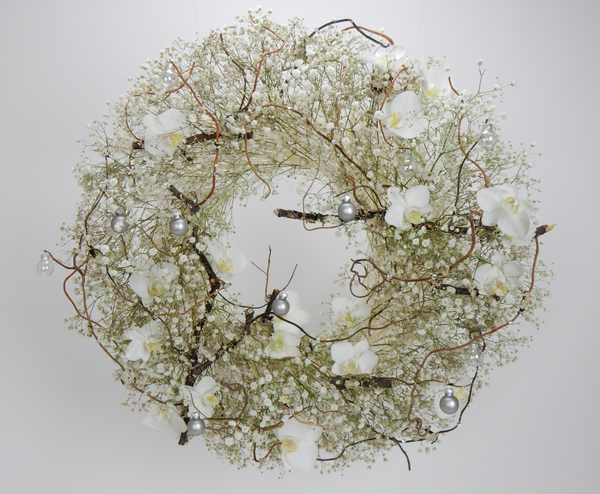 So white floral art design