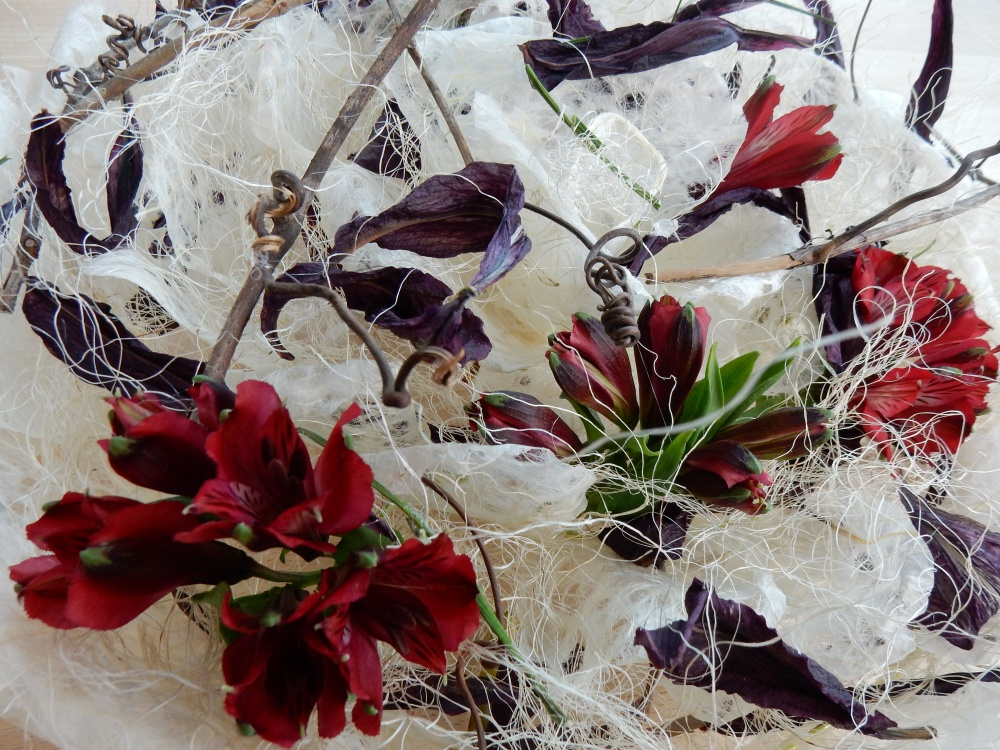Grape vine tendrils, alstroemeria, and dried lily petals