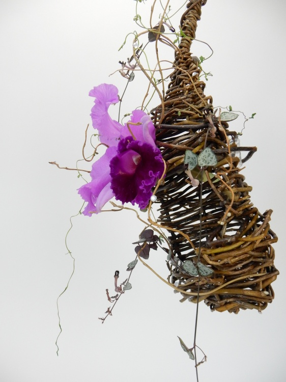Weave a willow nest armature