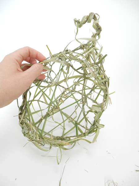 Grass nest ready to design with