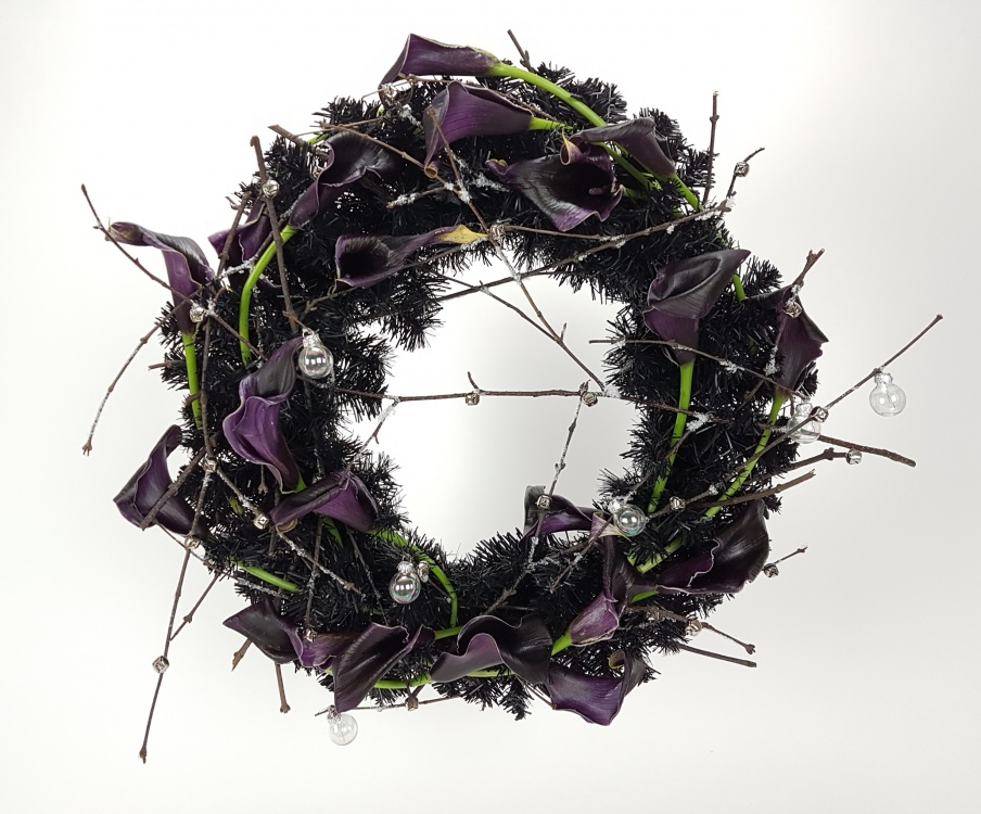 New Year's Wreath floral art design