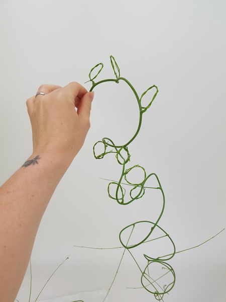 Creating a wreath filled vine to design with