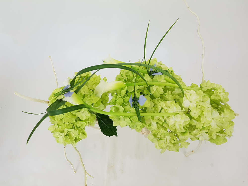 Crafting an armature for floral art