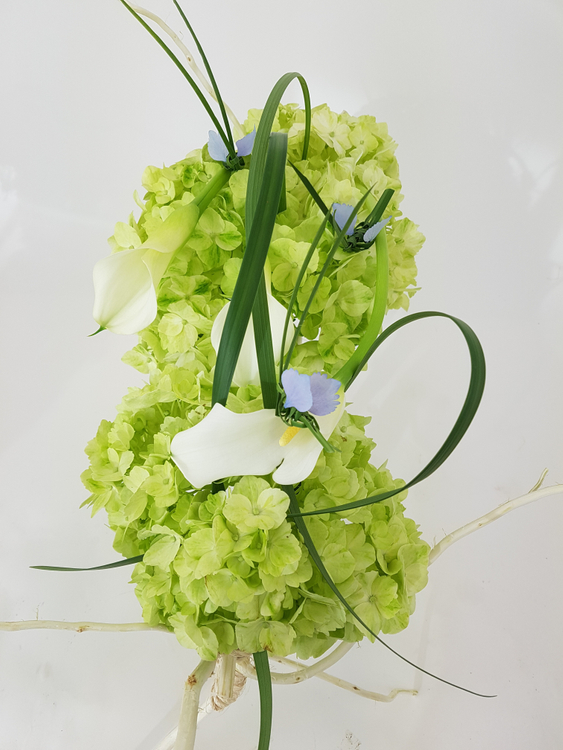 Crafting floral art design