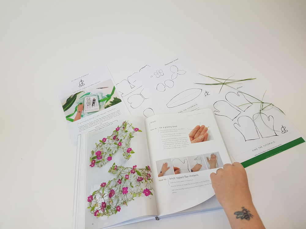 Effortless floral craftsman book by Christine de Beer.