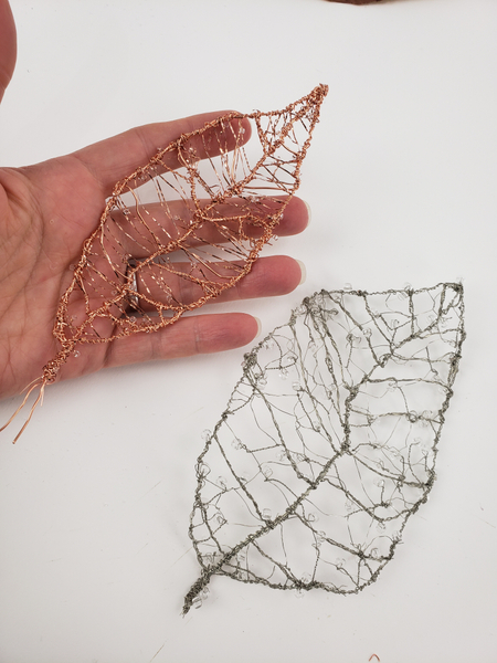 Easy way to use wire to make leaves
