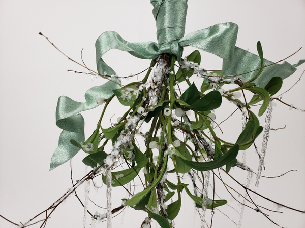 Mistletoe in a contemporary Christmas floral design