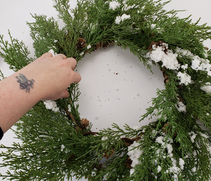 How to dress a shop bought artificial wreath to go from meh to: it looks so real!
