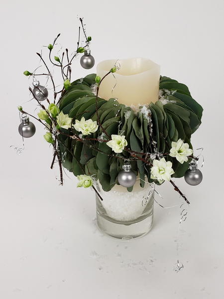 A Very Merry eucalyptus-collar-candle Christmas floral art design