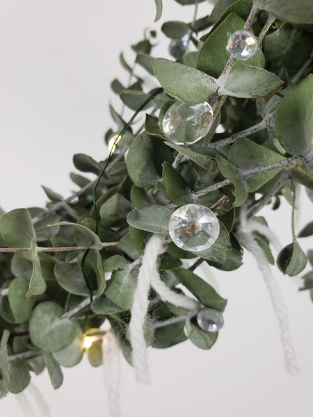 Decorate for Christmas with glass and crystal and natural waste free elements