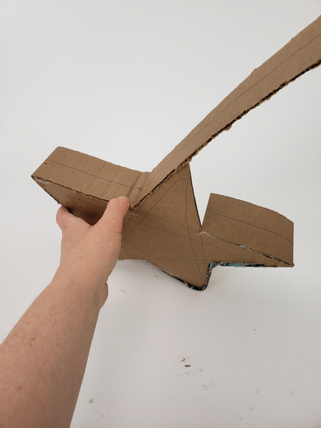 Glue the cardboard all the way around