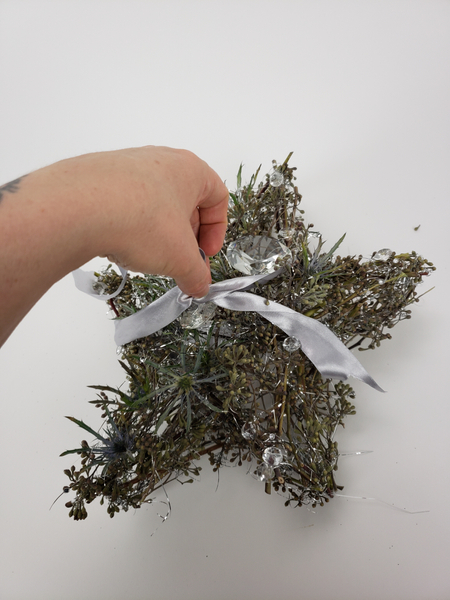 Natural alternative to gift wrapping
