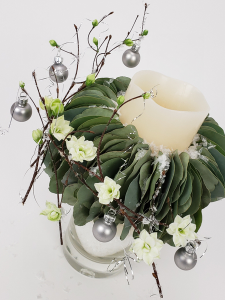 Sustainable and natural Christmas decorations for soft minimal interiors